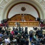 parlamento-en-venezuela-683x450