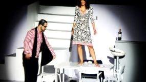 Raeldo López y Georgina Duluc logran una química exitosa en Pareja Abierta, en el Palacio de Bellas Artes.