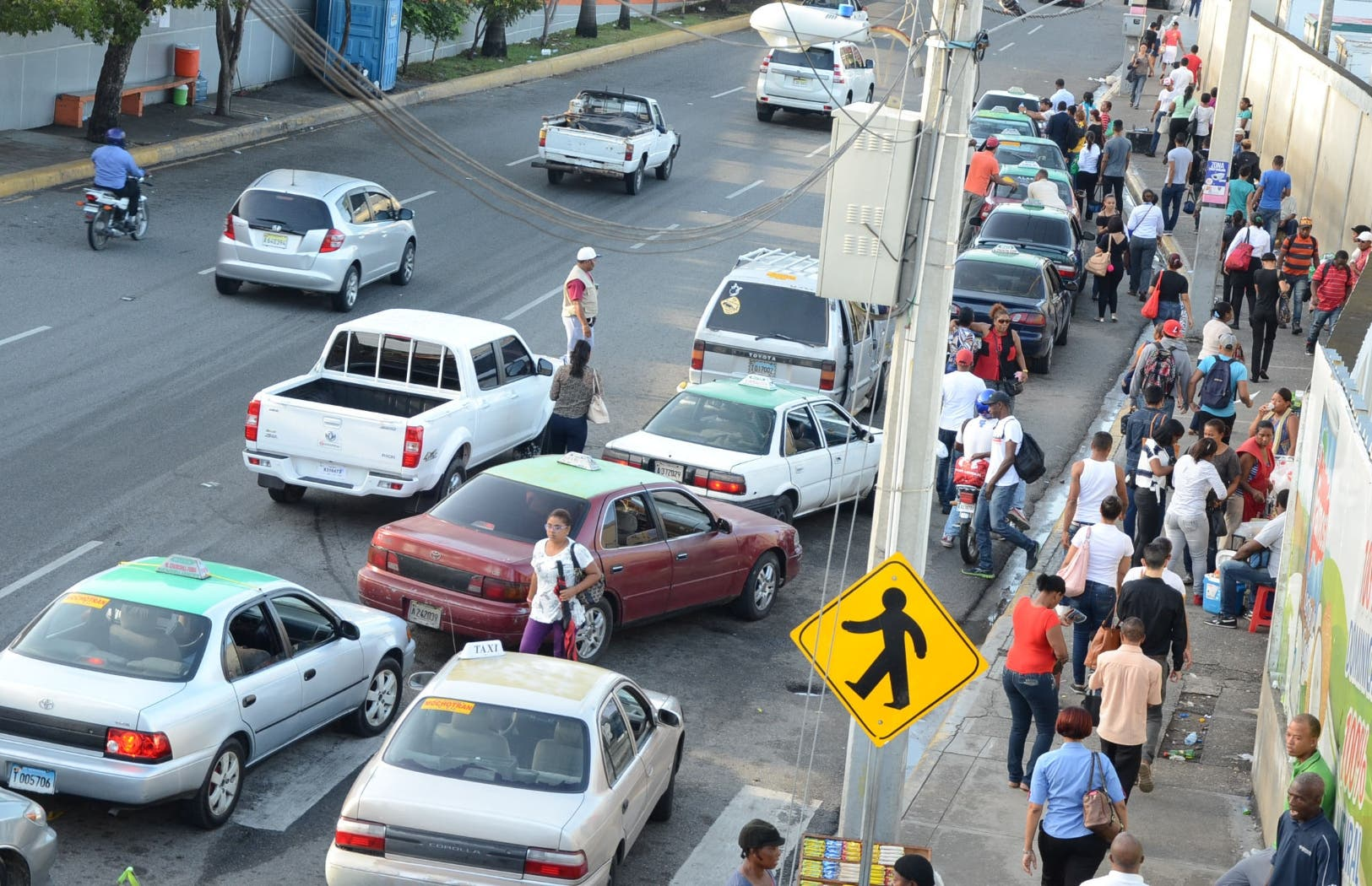 Colectivizar el  transporte sería oportunidad para reducir el caos