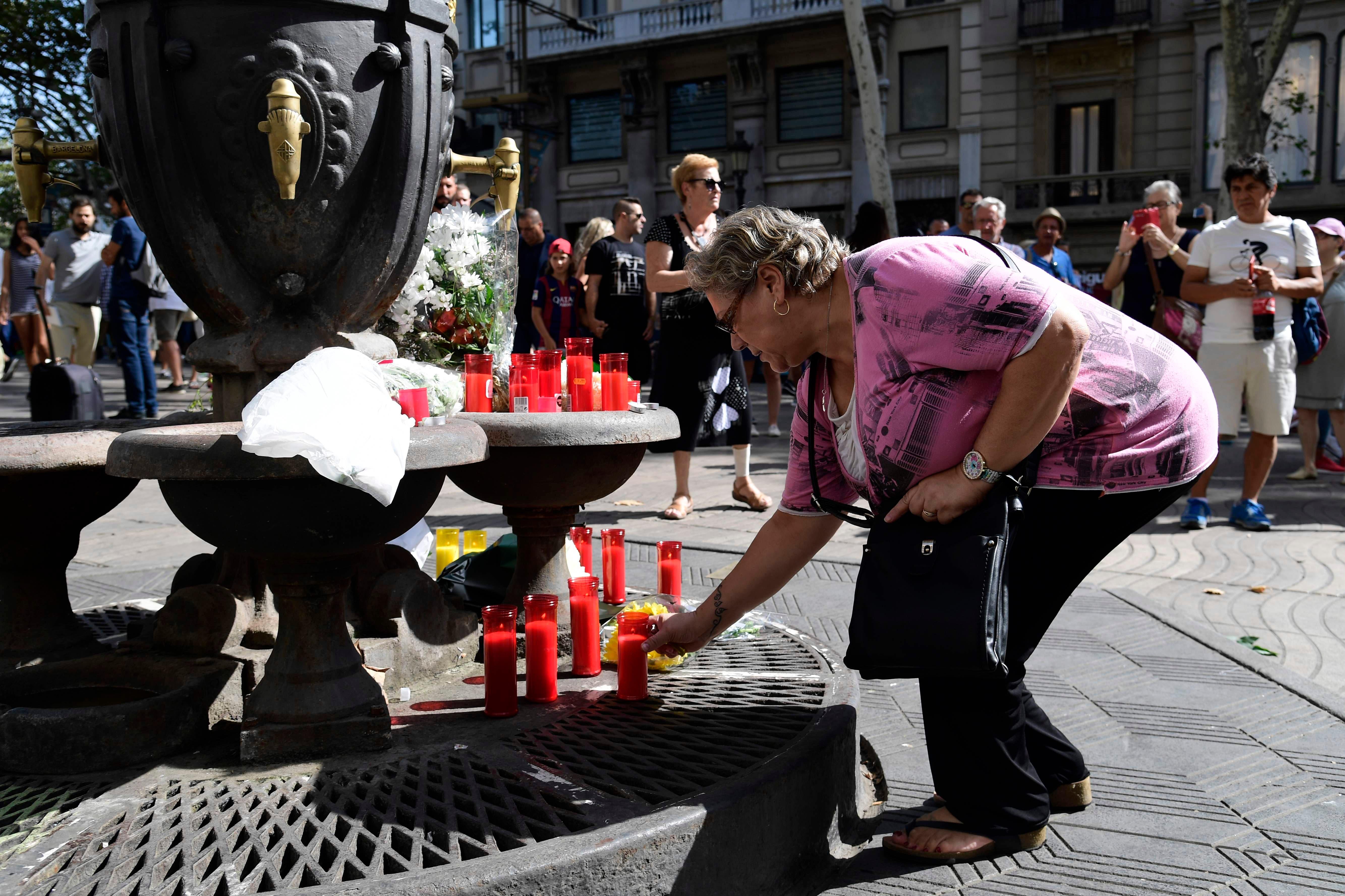 Detienen a una tercera persona en relación con los atentados de España