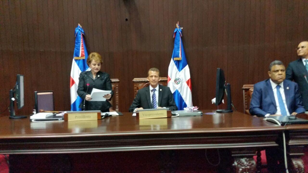 Presidí CD con transparencia e institucionalidad — Lucía Medina