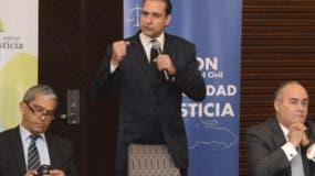 Ulises Bonelly, Servio T. Castaños y Ricardo Rojas León.