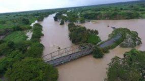 El desbordamiento del río Yaque del Norte causó graves daños en Montecristi.
