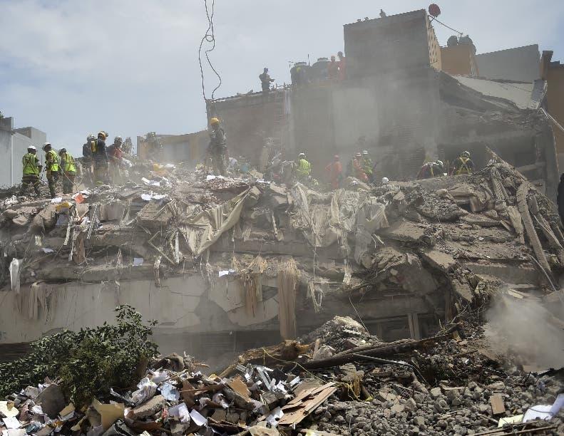 Muchos edificios de desplomaron por fallas en su estructura.
