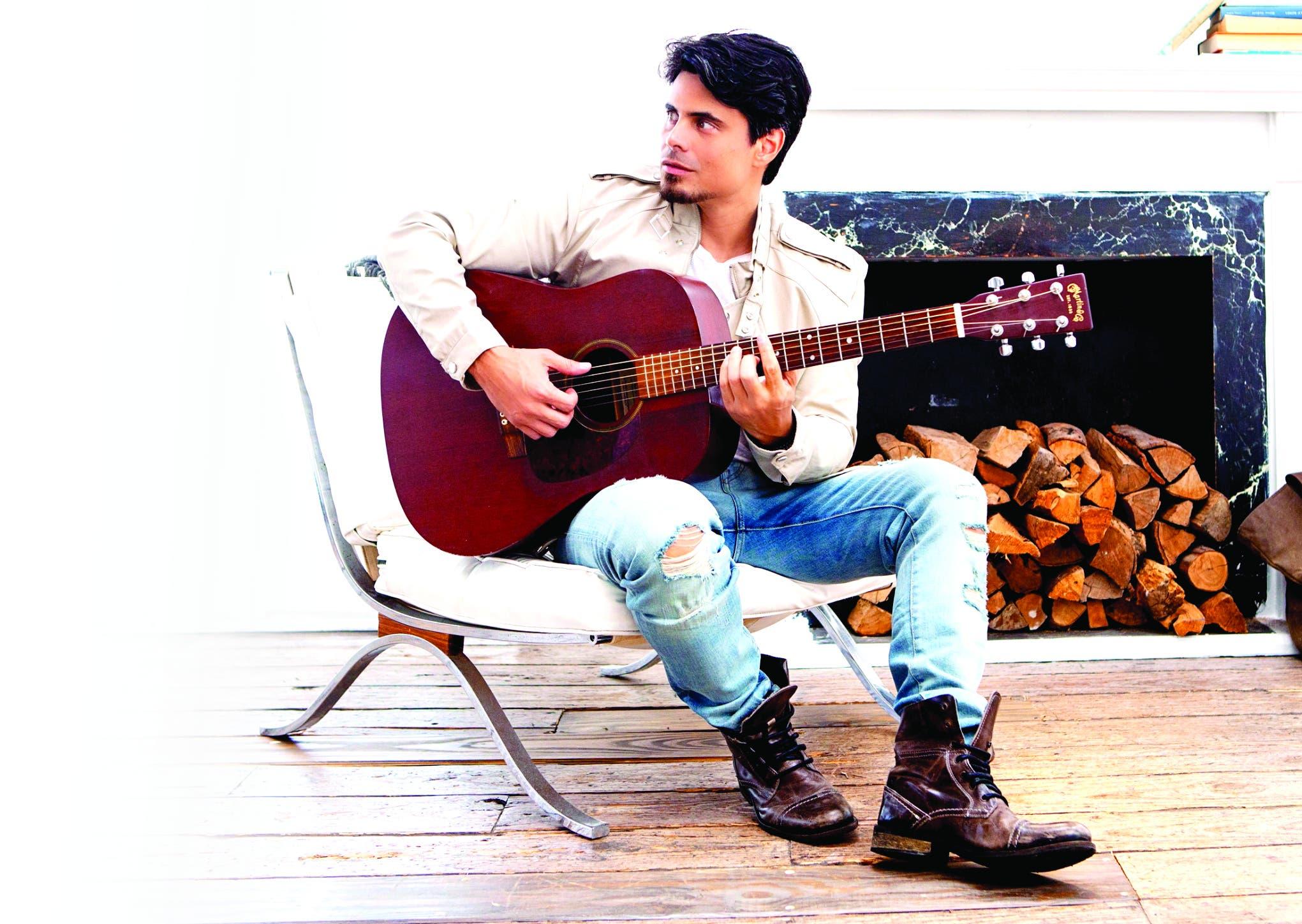 Jeremías es un cantautor venezolano que ha logrado mucho éxitos a nivel internacional.