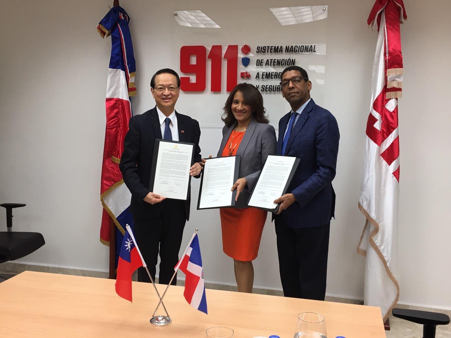 Taiwán entrega fondos para expandir 911 en zona norte
