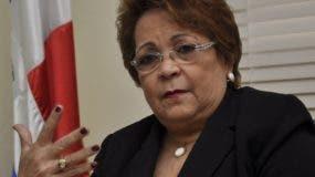Alejandrina Germán resalta inversión realizada por el Estado.