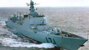 Navíos de guerra de China  avanzan hacia   la península.