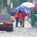 El país podría empezar a registrar fuertes lluvias, ráfagas de vientos y oleajes anormales.
