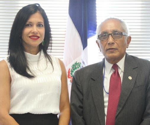Claudia Pellerano  y Víctor Hugo Deláncer.