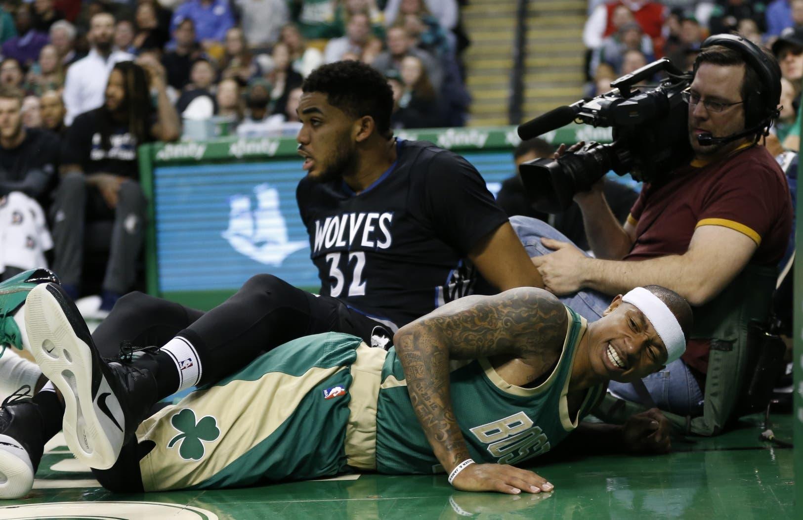 IsiahThomas ha sido tema durante la temporada muerta de la NBA, primero por  una lesión y luego por el cambio hacia Cleveland.