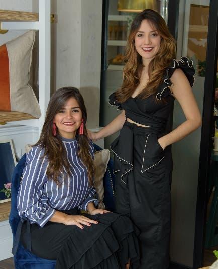Coral Chávez y Gabriela Hernández Antón.
