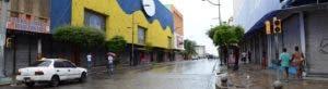 La avenida Duarte lució ayer totalmente desolada por la amenaza del paso del huracán Irma. Desde hoy comienza su activismo.