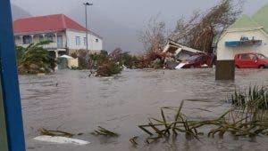 Los daños causados en la isla franco-holandesa de San Martín por el paso del huracán Irma son enormes e incuantificables todavía.