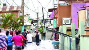 Los puertorriqueños apelan a la solidaridad entre ellos para tratar de reponerse de las pérdidas materiales causadas por el huracán María, con vientos de 250 kilómetros por hora.