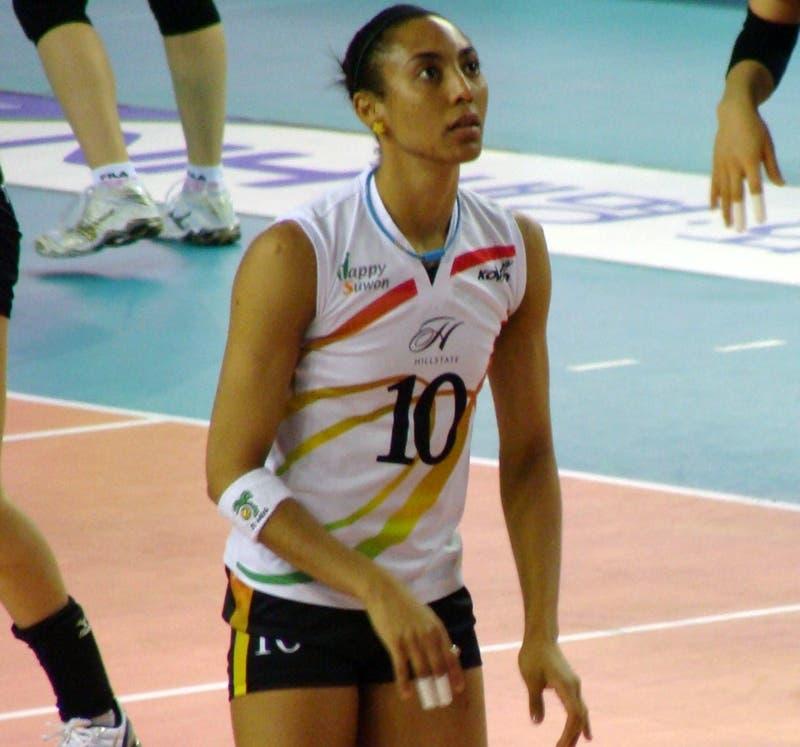 Aurea Cruz.