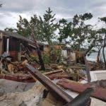 En el barrio La Piedra del sector Los Charamicos del municipio Sosúa fue donde 35 viviendas resultaron destruidas, quedando igual número de familias a la intemperie por los vientos y el fuerte oleajes del océano Atlántico.