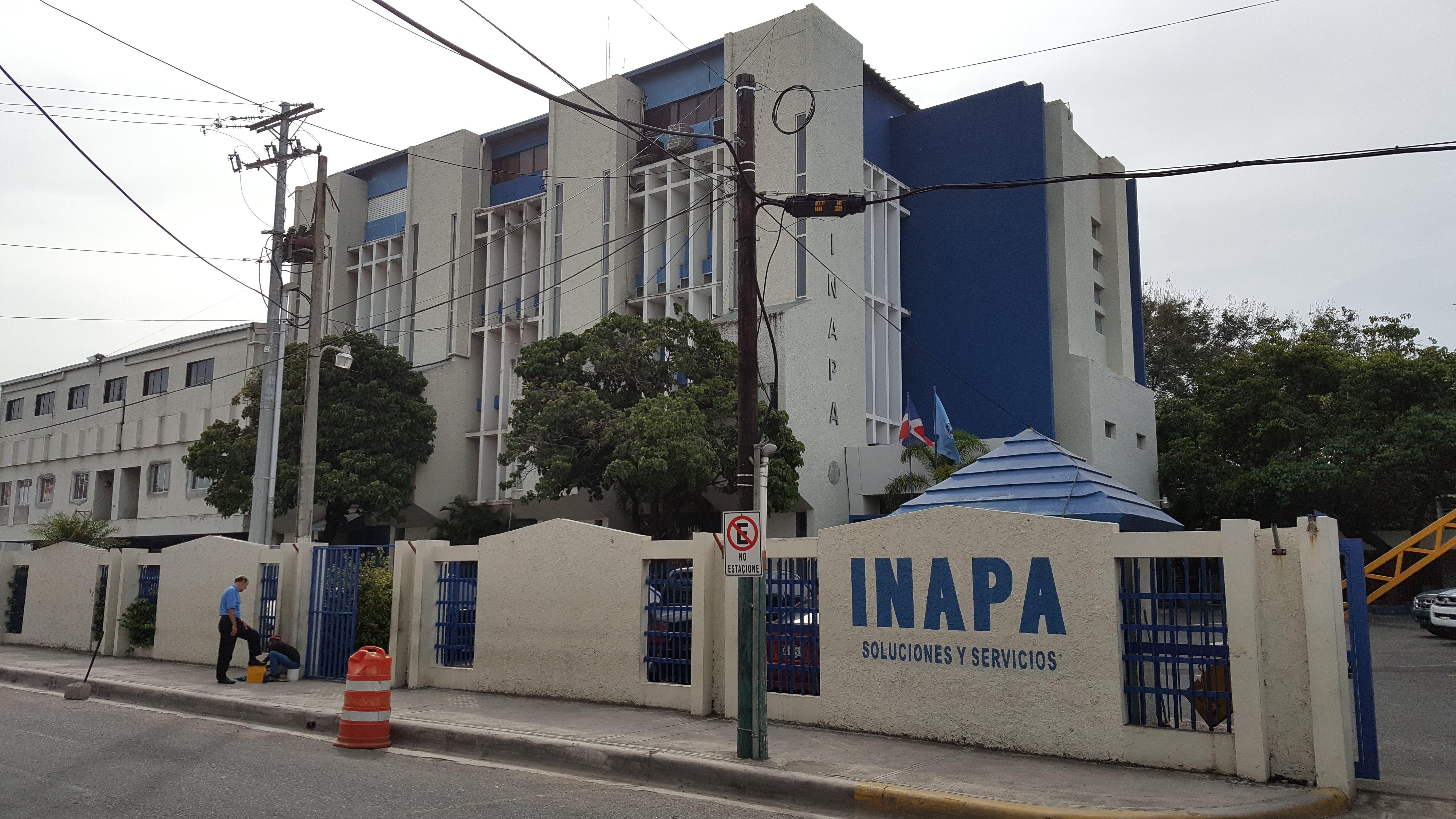El INAPA inicia jornada de vacunación contra el COVID-19 a sus colaboradores