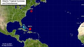 El huracán María se mantiene en categoría 3 mientras se aleja de República Dominicana.