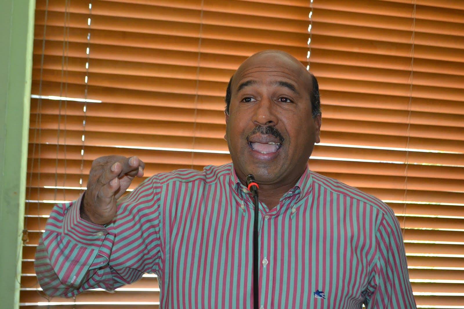 Onofre Rojas, director de la mancomunidad del gran Santo Domingo.