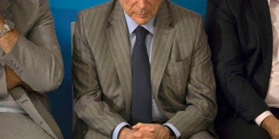 Temer también es investigado por recibir supuestos sobornos de la constructora Odebrecht, en uno de los alrededor de diez casos que pesan en su contra. Michel Miguel Elias Temer Lulia nació el 23 de septiembre de 1940 en la localidad de Tietê, en el estado de Sao Paulo.