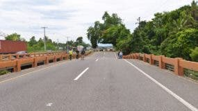 El puente Burende resultó afectado por los efectos del huracán María.