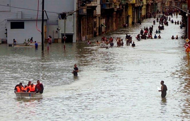 Huracán Irma retoma categoría 5 a su llegada a Cuba