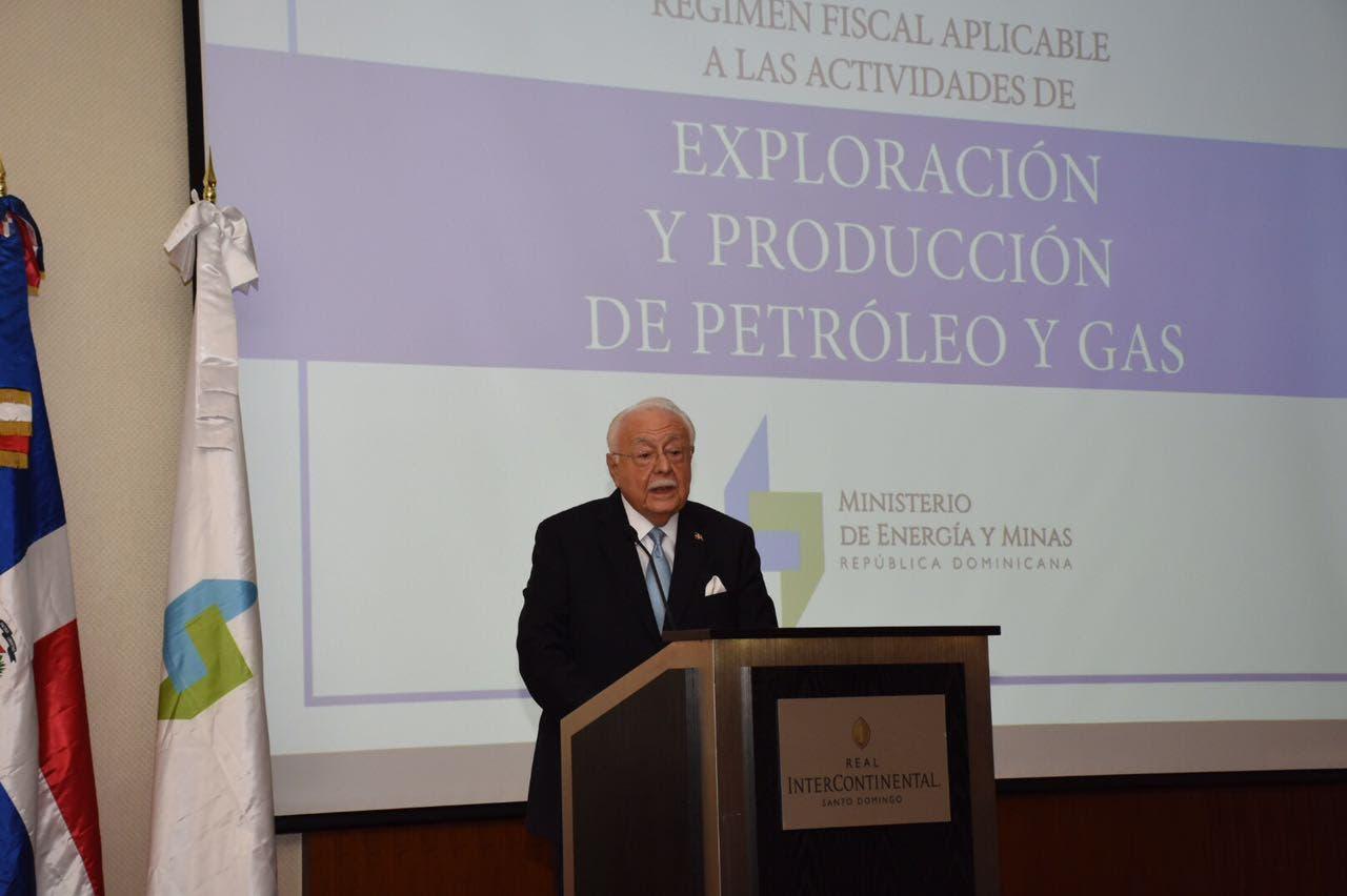 Antonio Isa Conde durante el acto.