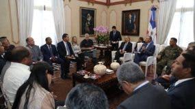 Danilo Medina se reunió esta mañana con funcionarios del Gobierno para conocer informe de los efectos de María.