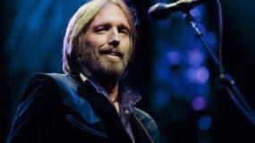 Petty se encargó de incorporar a Harrison al Salón de la Fama del Rock en 2004.
