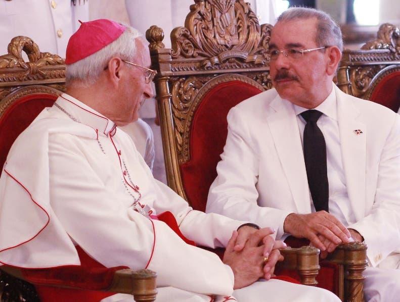 Presidente Medina recibe credenciales de nuncio Ghaleb Bader y otros nuevos embajadores