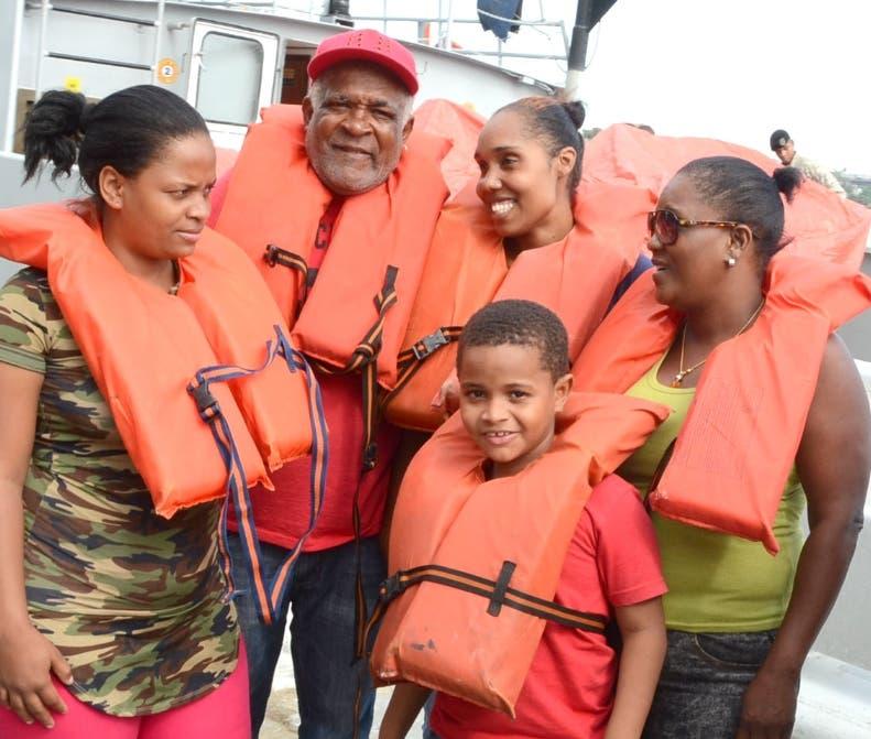 Los ocho dominicanos llegaron al país a las 9:30 de la mañana.