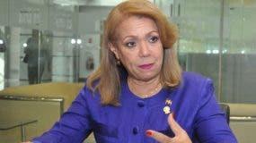 Martha Pérez, una de los veinte diputados del país en Parlacen.
