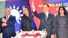 Tang resaltó crecimiento económico de Taiwán en sus 106 años.