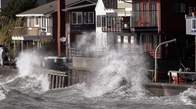 La tormenta dejó sin electricidad 1.5 millones de casas.