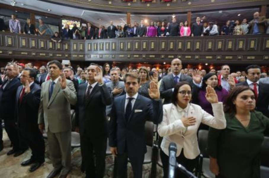Cinco gobernadores aún sin juramentarse