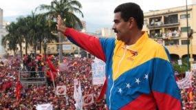 El presidente Nicolás Maduro advirtió a los gobernadores opositores sobre el uso de sus cargos para incitar a la violencia en el país.
