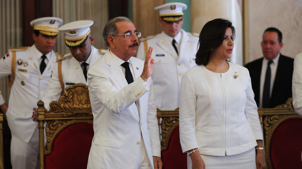 Resultado de imagen para Presidente Danilo Medina recibe cartas credenciales de cinco nuevos embajadores