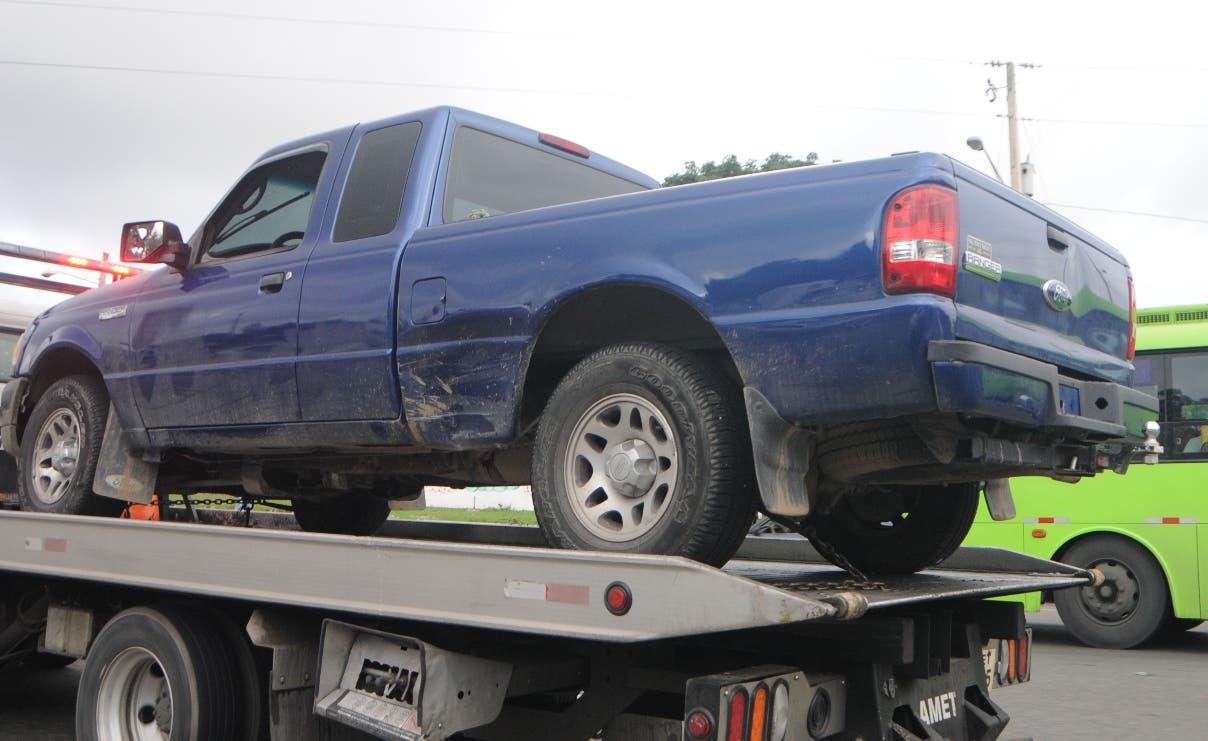 Hermano de la víctima afirma que su pariente fue ultimado en la misma UASD, dentro de vehículo.