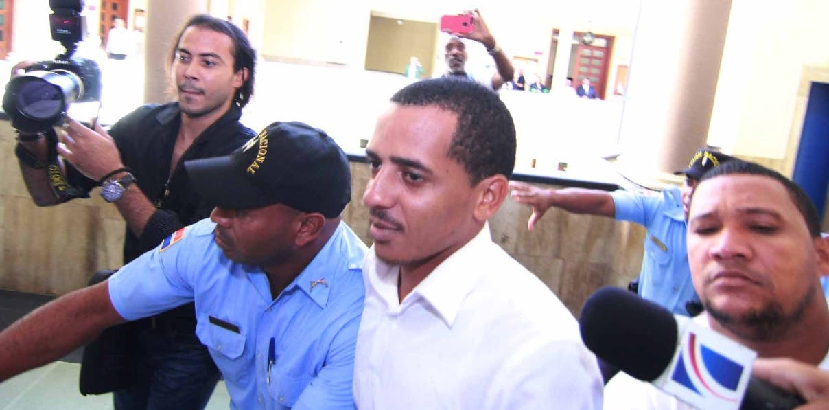 Jueza ratifica la prisión preventiva a Yimi Zapata, expresidente de la FED