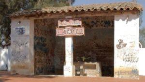 50 años después del velorio del Che, la lavandería es un punto de peregrinación de sus seguidores.