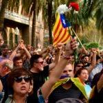 Legisladores independentistas catalanes presentaron el viernes una moción para que el parlamento regional vote sobre la formación de una república catalana independiente de España.