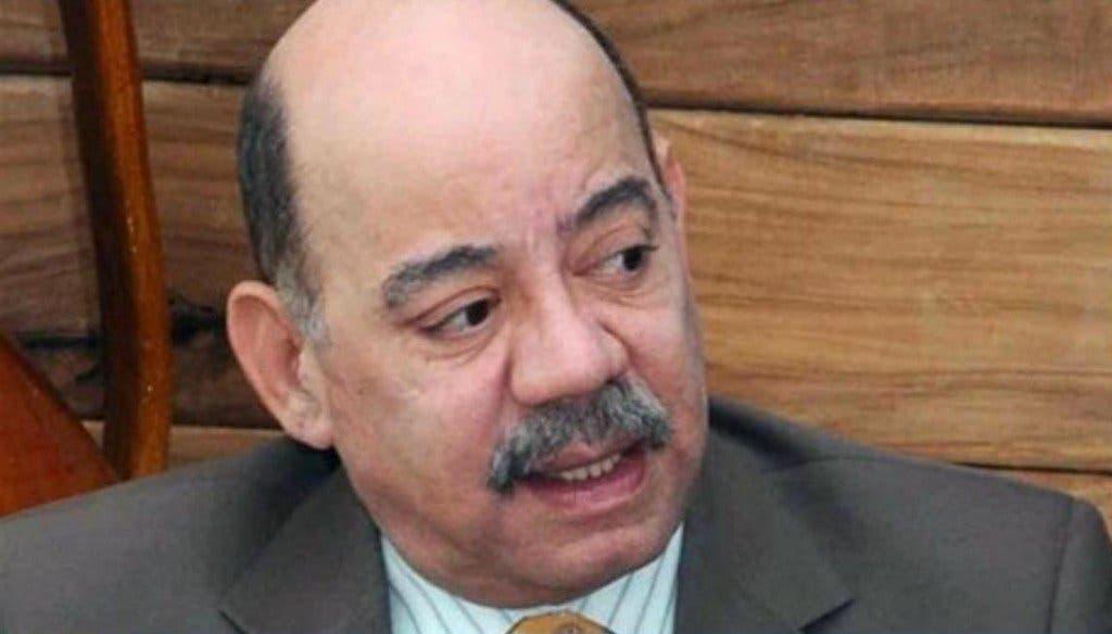 César Medina confirma que padece de cáncer.
