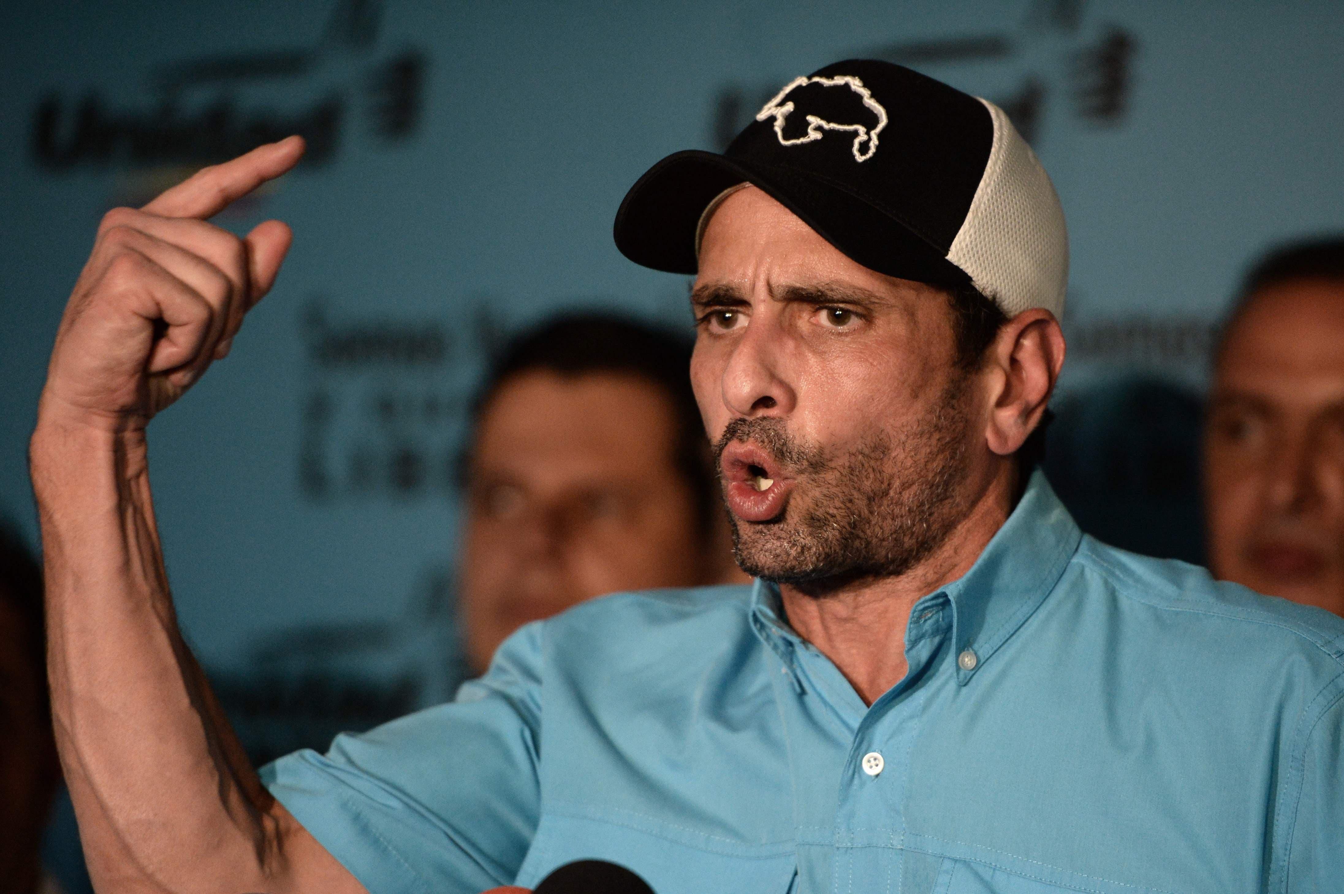 Capriles: el tiempo no juega en contra de Guaidó, juega contra Venezuela