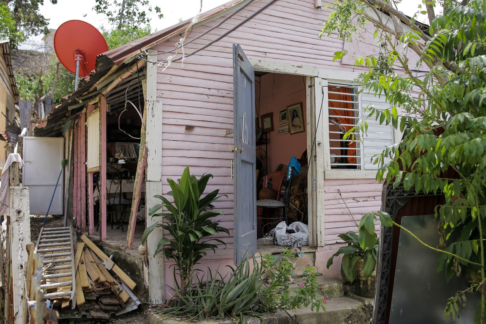Hábitat dominicana apoya a más de200 familias tras paso de huracanes