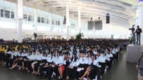 Vista parcial de los graduandos.