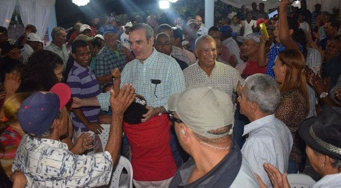 Resultado de imagen para Abinader afirma el país requiere un cambio que devuelva al pueblo la fe en el porvenir
