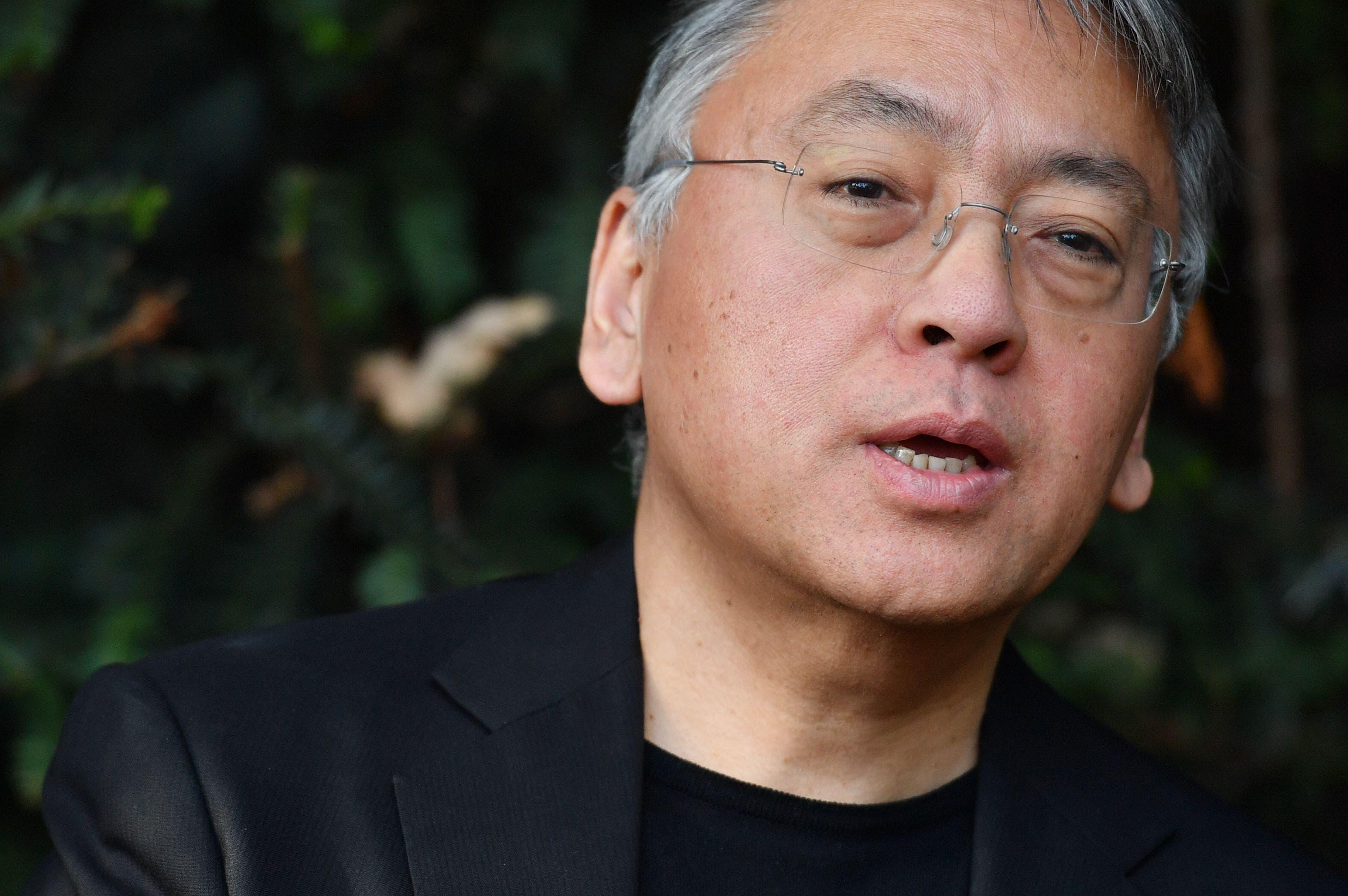 Novelista Kazuo Ishiguro gana el Nobel de Literatura