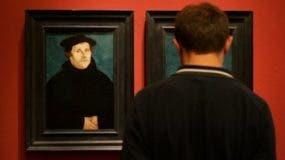 Martín Lutero publicó sus criticas de la Iglesia católica el 31 de octubre de 1517.