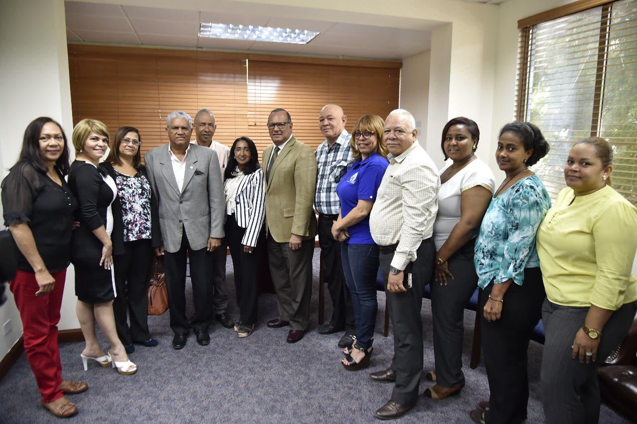 SNS y gremios de la salud ratifican acuerdos tras diálogo